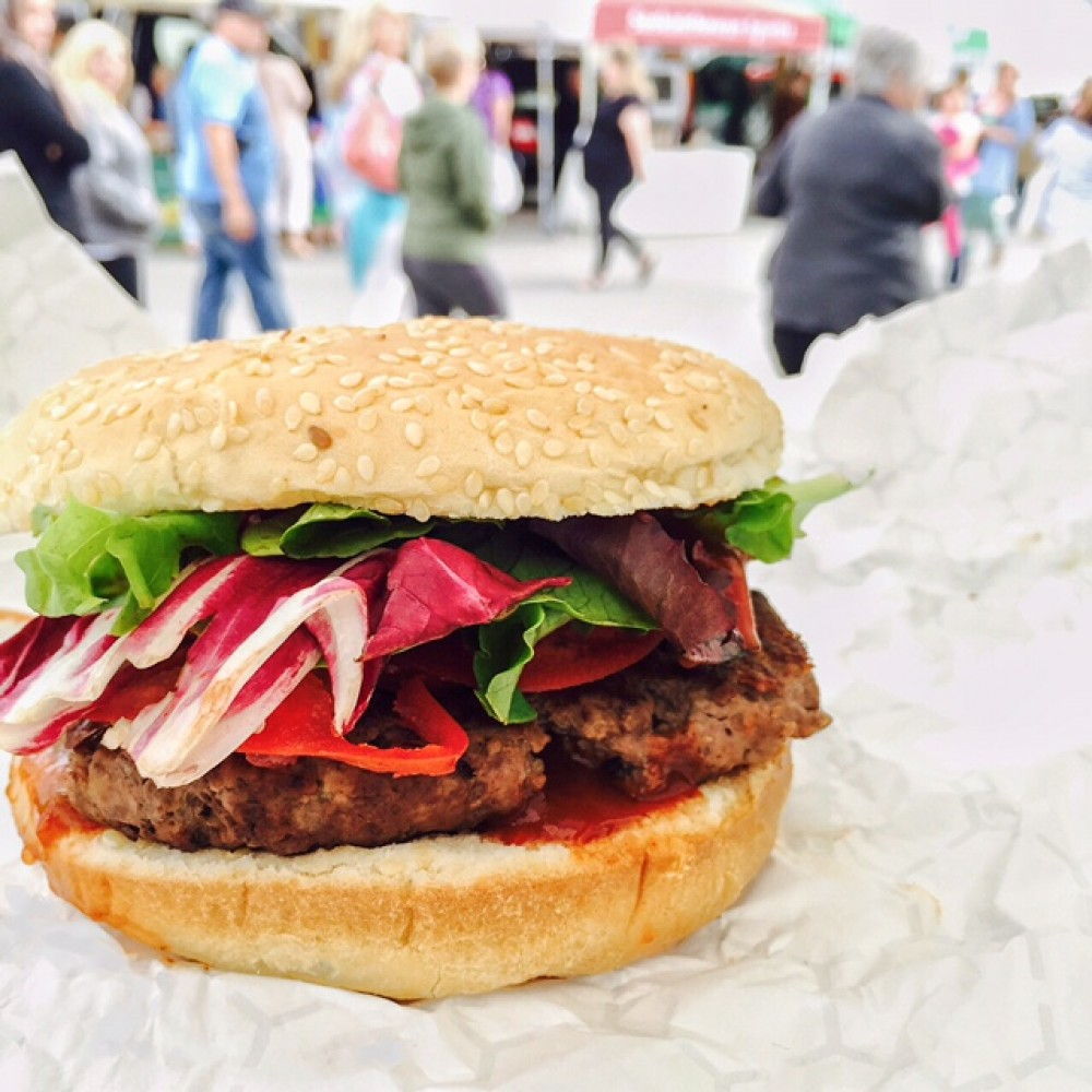 Street Beets June 9th, 2015: Bon Burger, Big Markets, and Awesome Weather!