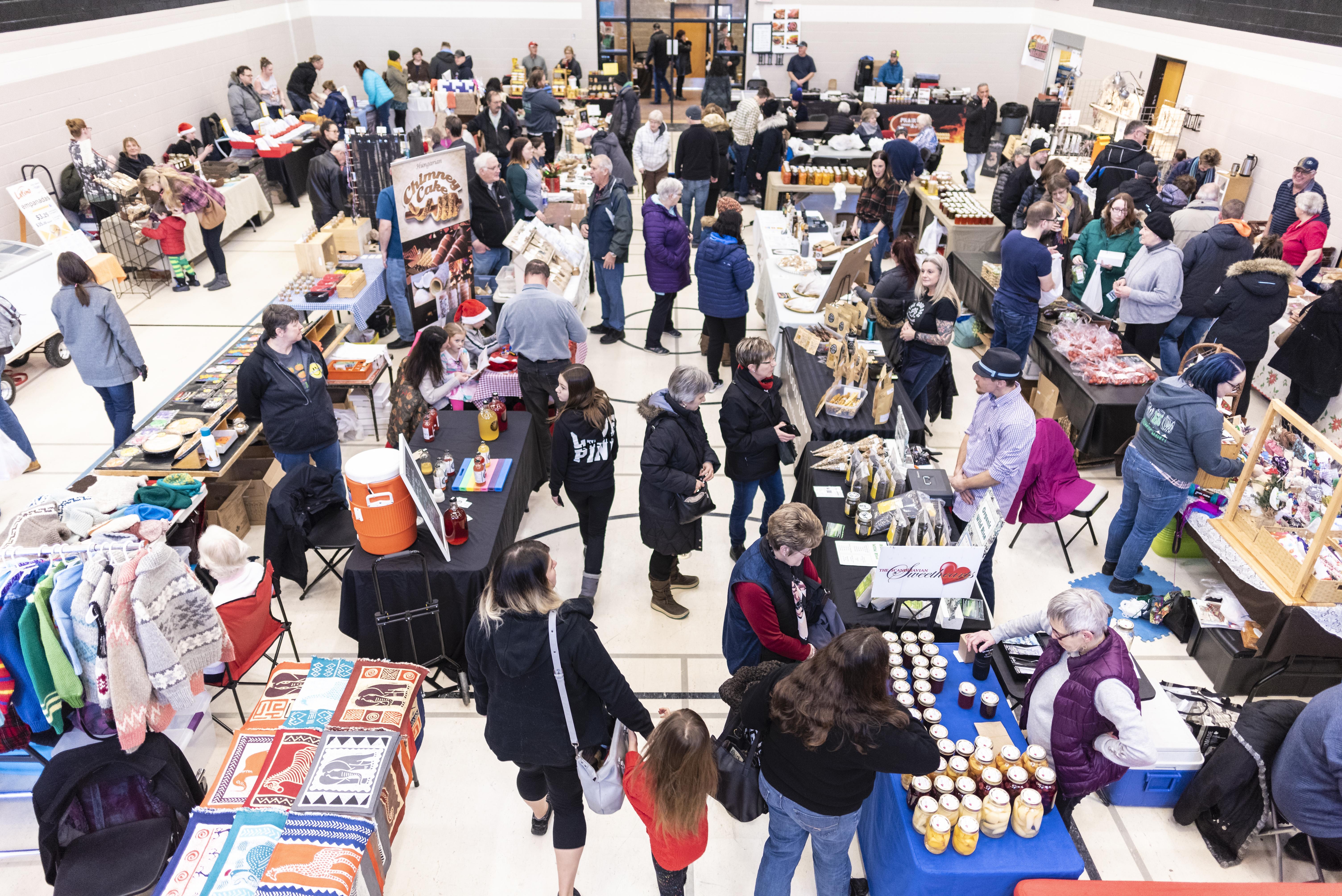 Holiday Night Market - Image 4