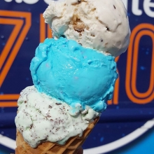 I scream, you scream, we all scream for ice cream! @absolutezerosask is making their market debut tomorrow, and with +25 in the forecast, it looks like it will be a perfect day for a sweet treat. « » They will have handcrafted gelato pops, artisanal ice