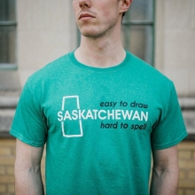 🚨New Vendor Alert!🚨 « » @saskshop is all about Saskatchewan pride! From unique t-shirt designs, Canadian-made fleece bunny hugs with logos designed and printed right here in Saskatchewan. They offer Saskatchewan gear for the whole family at afford