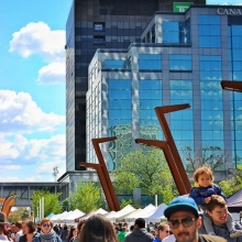 RFM News: June 20, 2018 « » -2 vendors are making their Wednesday market debut (@yqr_kimchi and @cravekombucha) « » -Free pita and hummus from @armenian_israeli_baking if you're ready to redeem « » All of the details about tomorrow's market includin