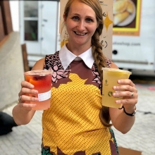 Regina Made Lemonade has 3 flavours to choose from at #MarketUndertheStars this evening: traditional, fresh cherry, and lemon mint. 1 ticket=sweet, refreshing paradise. « » MARKET UNDER THE STARS Thursdays • 5pm-10pm • City Square Plaza July 12 & 26
