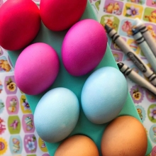#BringTheKids along to do some #EasterEgg decorating tomorrow! Farm eggs from The Scandinavian Sweethearts have already been dyed (in the interest of cleanliness) and are ready for embellishments. #RFMKidsClub is free for all ages and can be found on the