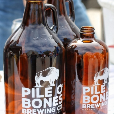 Pile O' Bones Brewing Co. - growlers