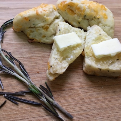 Cottage Herb & Cheddar scone 2019